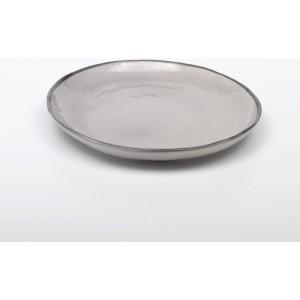 Плоская круглая тарелка