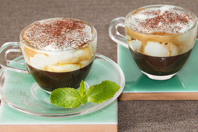 ESPRESSO WITH MINT AND COCOA WHIPPED CREAM